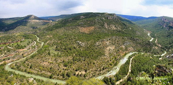 Panoramic view (ca. 120°) at the river Tagus (Río Tajo) from the Mirador del Tajo (1,141 m). Photo taken on 14 May, 2010.