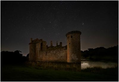 Caelaverock Castle at night