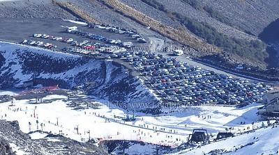 20120718  Turoa ski field carpark (midweek)_MG_5215 WM