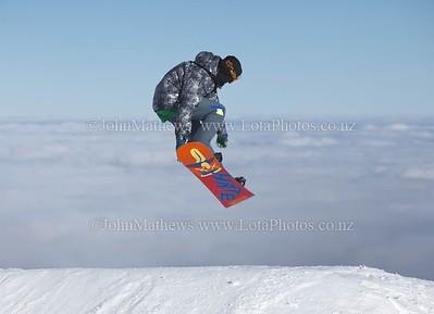 20120718 Snow Boarders on Turoa ski field _MG_5238 WM