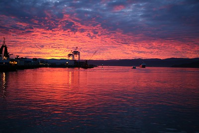060526 072004 Sunrise @ Queens Wharf