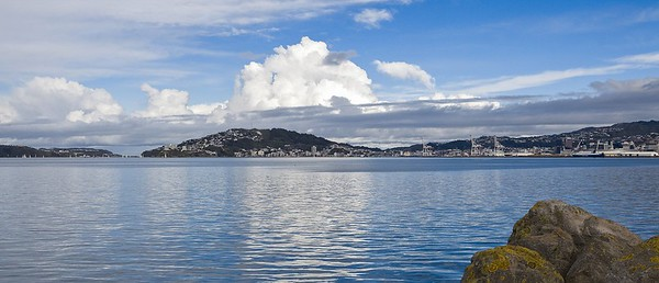 20100613 1231 Wellington Harbour before southerly storm 0008a a