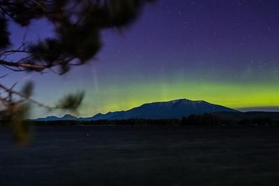 Aurora borealis over Mount Katahdin, Baxter State Park,  Maine, USA