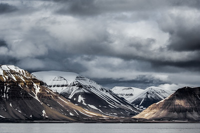 Majestic clouds over Arctic Mountains-20.jpg