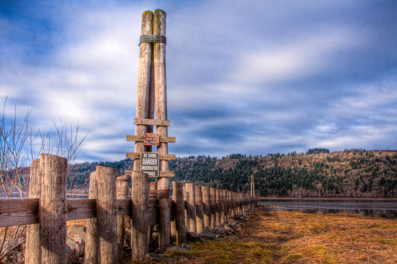 When the weather is dry you can explore what the river has left behind. This is a short walk from the Rooster Rock State Park in Oregon's Columbia River Gorge.