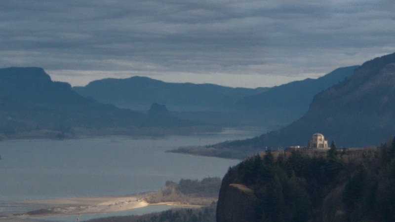 Vista House and Columbia River Gorge Oregon