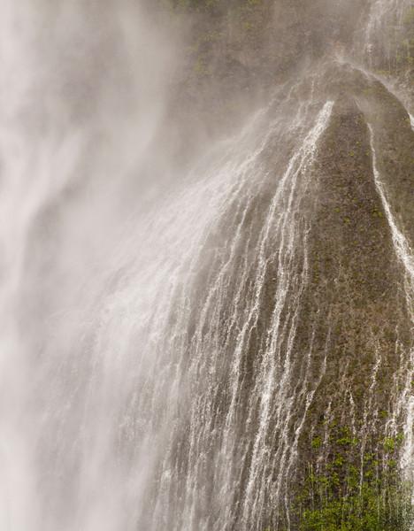 Random water fall