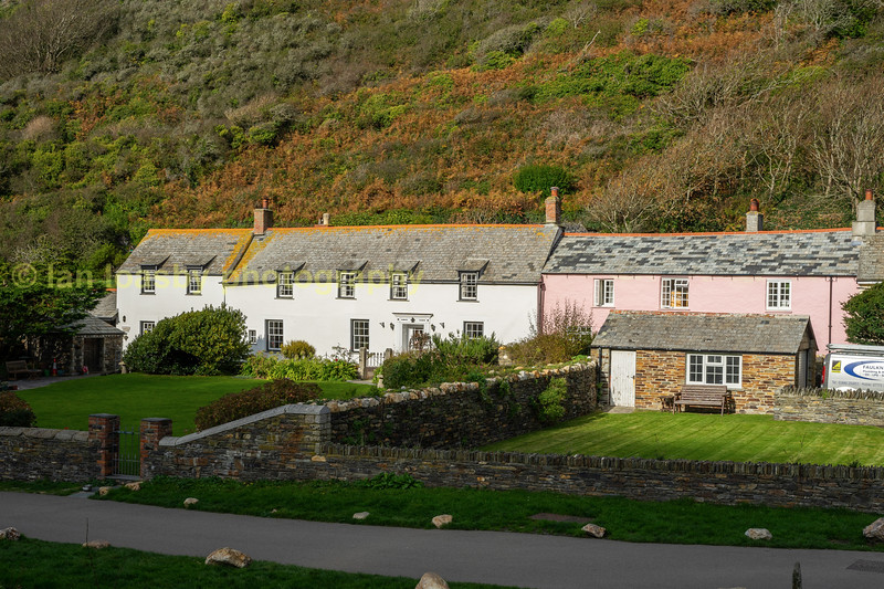 Boscastle cottages