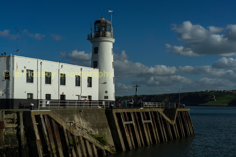 Scarborough harbour light house