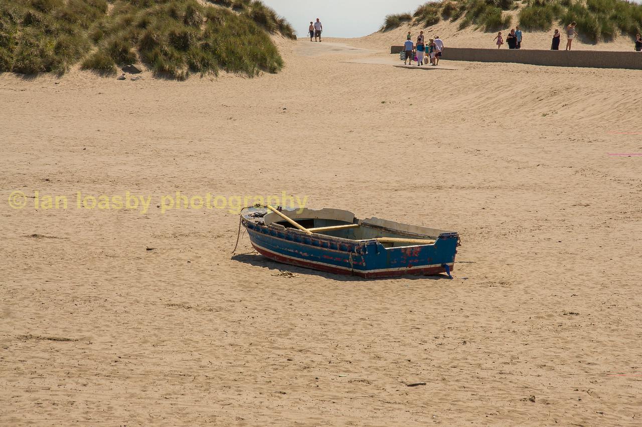 abandoned rowing boat at Barmouth