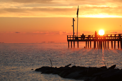 Photofreak. Port Republic, Maryland. Old fishing pier at dawn.