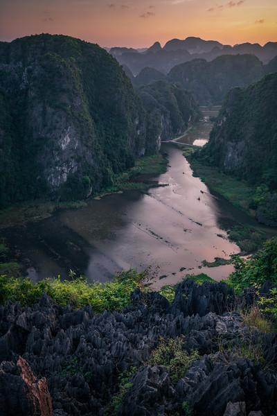 Karsts Aglow || Hang Mua