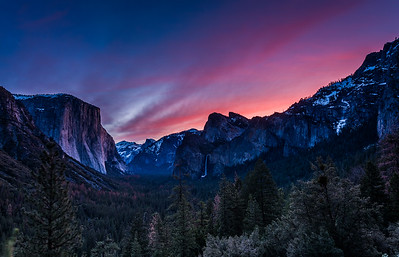 Dawn in Yosemite Valley - Tunnel View, Feb. 14, 2016
