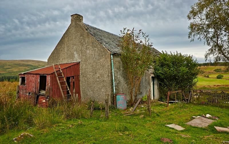 Dilapidated Farmhouse in Glen Fruin - 28 August 2014