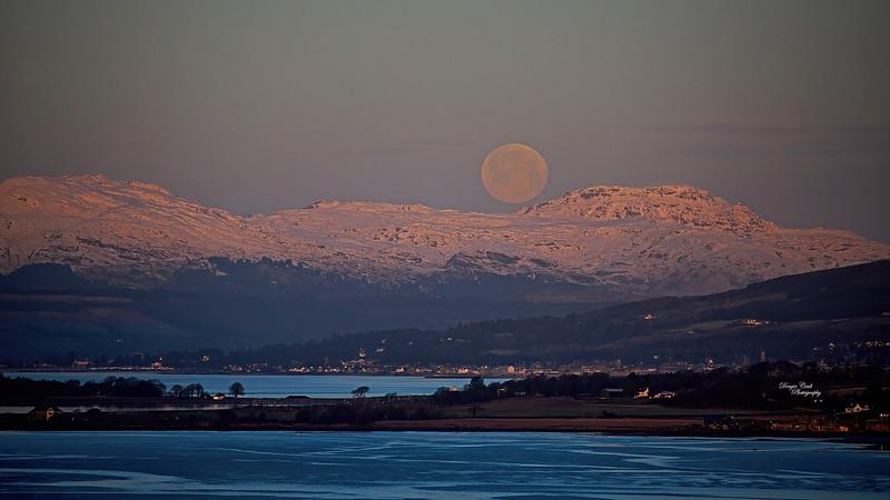 Moonset over Argyll Hills - 30 December 2020