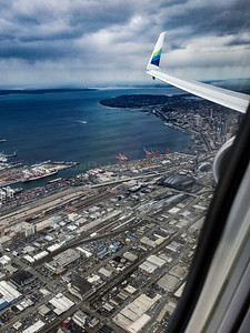 Looking back over the Starboard wing, North from the SODO district up the waterfront and all the way up to Queen Anne Hill. 04/07/2017