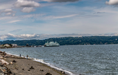 Mukilteo Ferry from Japanese Gulch Beach Park, Mukilteo, WA. 06/12/2016