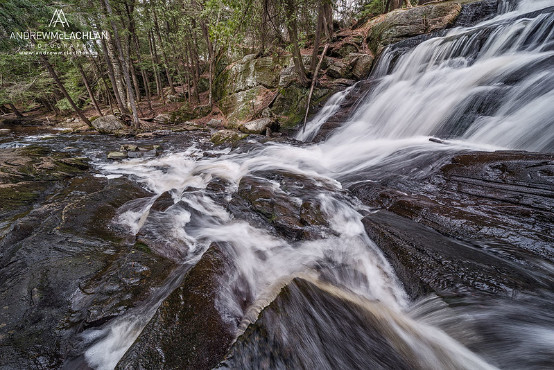 Little High Fall son Potts Creek in Muskoka, Ontario, Canada