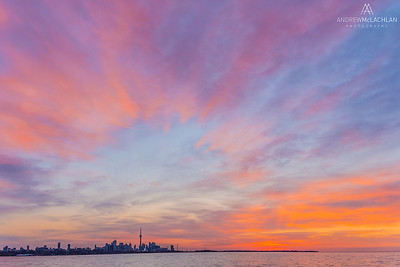 Sunsrise over Lake Ontario and the Toronto Skyline, Toronto, Ontario, Canada