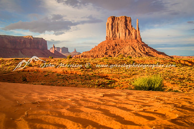 Monument Valley just before sunset