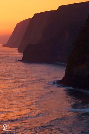 Pololu Cliffs at Sunrise