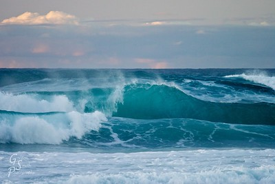 Ke'e Beach Blue Wave