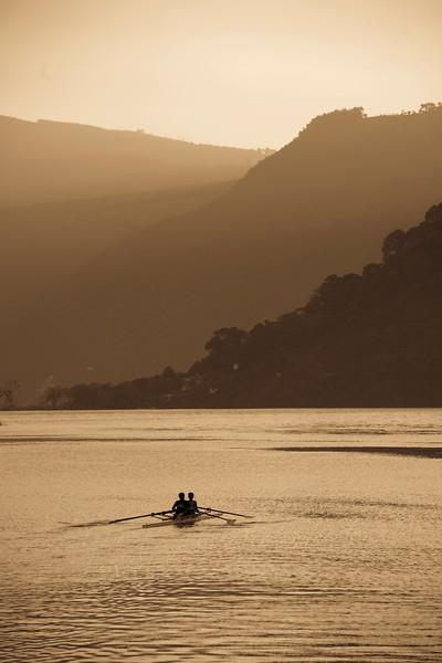 Remo Y Canotaje, Lake Atitlan San Lucas toliman
