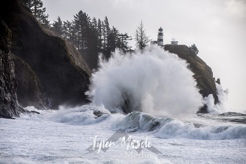 326  G Cape Disappointment Waves