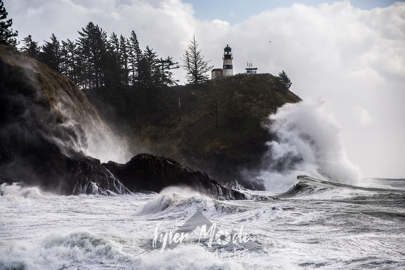 349  G Cape Disappointment Waves