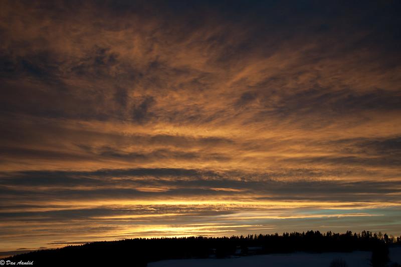 Ettermiddagshimmel over Vardåsen, Ås, 31 jan 2011