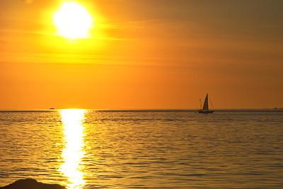 2007-07-31 Guernsey, Jerbourg & Divette Bay, Sunrise