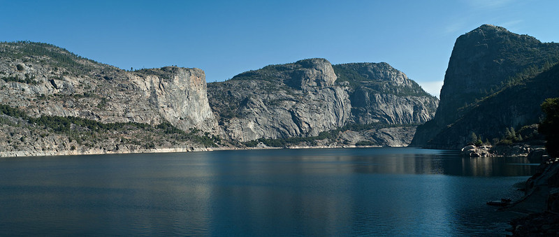 Hetch Hetchy Reservoir from the top of O'Shaughnessy Dam. Canon 1Ds Mk II image, Leica 100 APO lens, a mosaic of approximately 6 images.