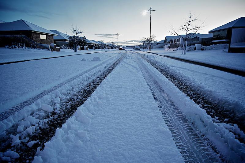Snow_2011-08-16_07-44-22_DSC_6688_©RichardLaing(2011)