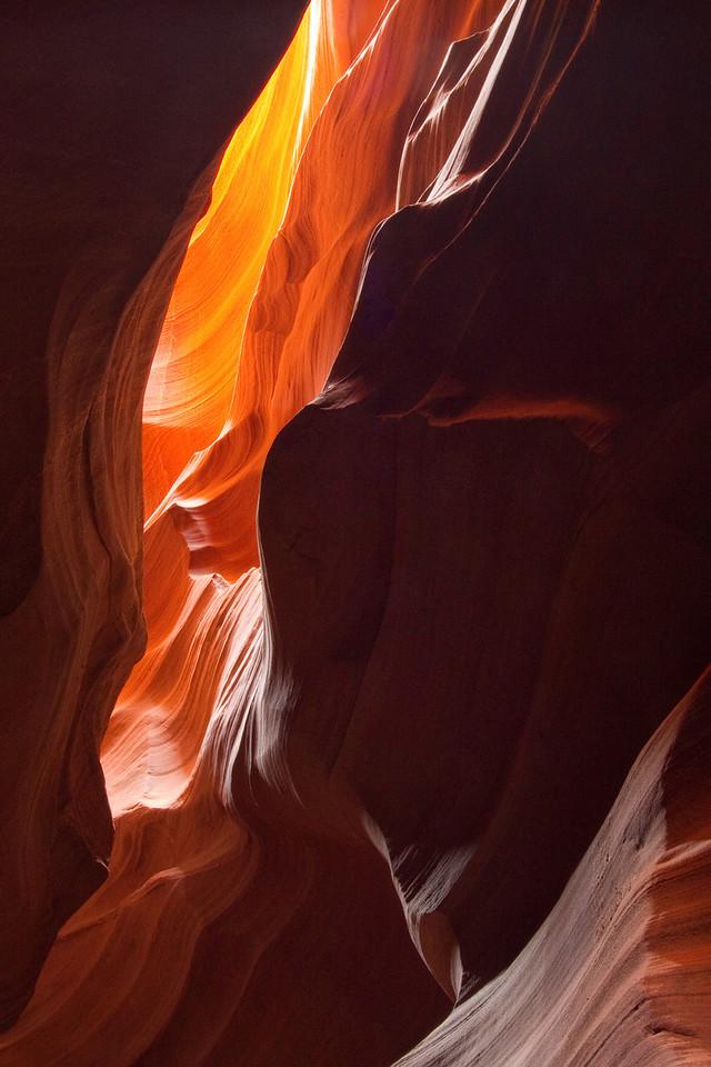 Upper Antelope Canyon.  Page AZ