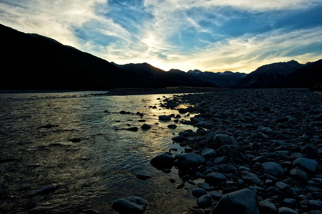 Evening_2012-03-09_18-28-28__DSC3589_©RichardLaing(2011)