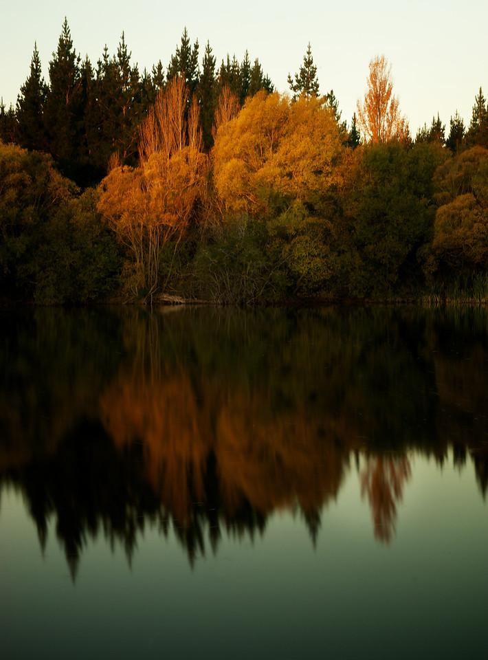 Lakes_2012-04-16_17-40-45__DSC6718_©RichardLaing(2012)