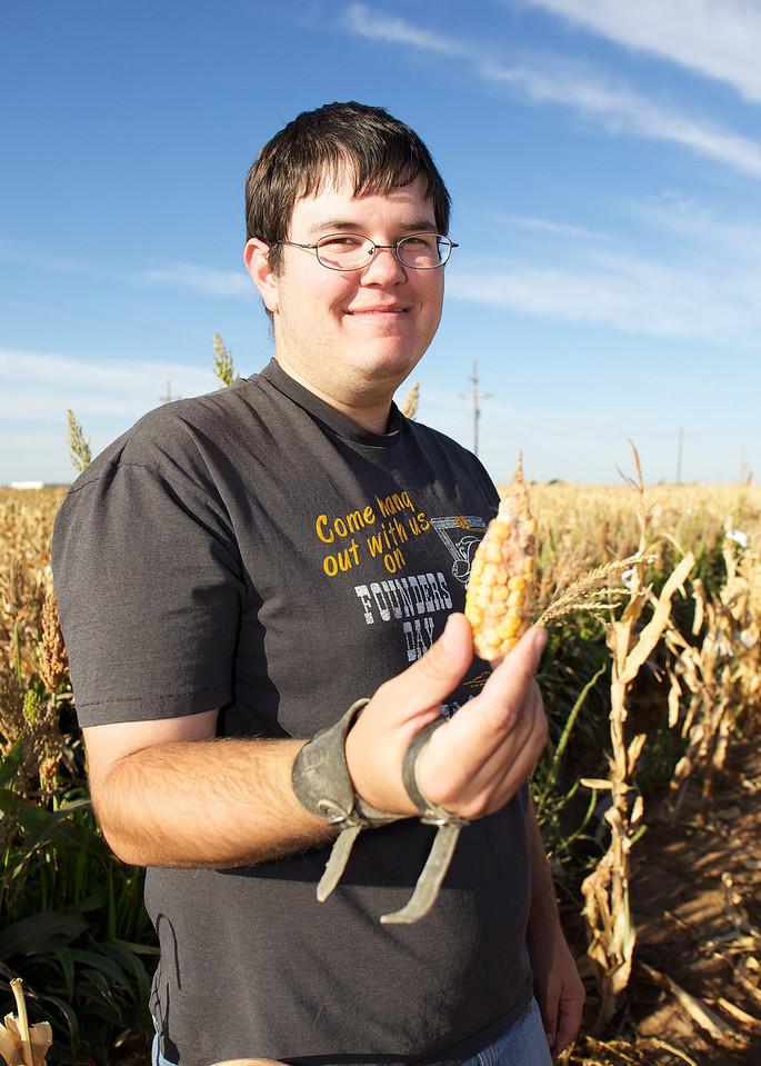 Ear from an inbred corn line