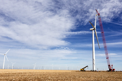 Wind turbine construction west of Panhandle, Texas 2015