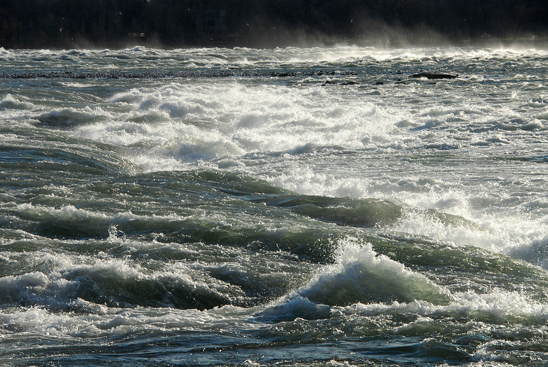 Rapids on Niagara River above Horseshoe Falls