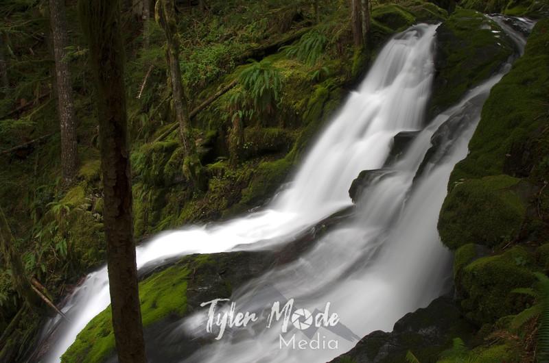 5  May, Horseshoe Falls