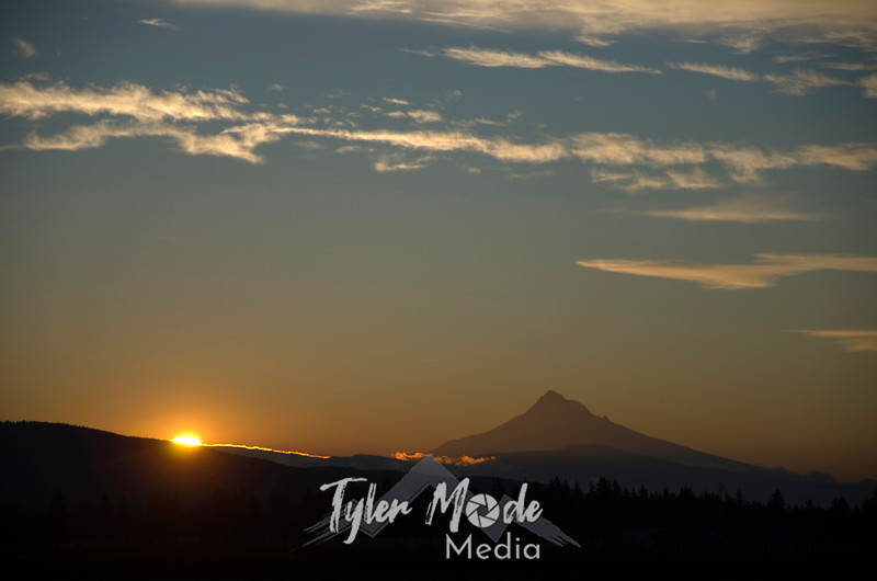 3  March, Sunrise Over Mt  Hood