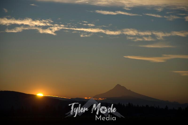 3  March, Sunrise Over Mt  Hood