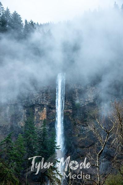 1  G Multnomah Falls and Clouds V