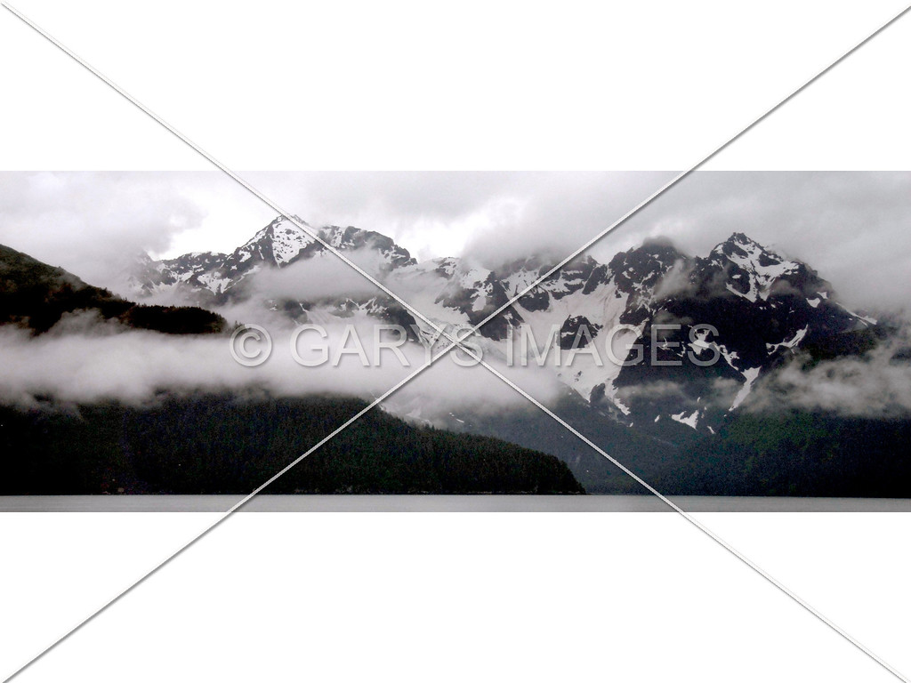 THIS PHOTO IS A PANORAMIC. THERE WILL BE WHITE BORDERS AT EACH SIDE THAT WILL NEED TO REMOVED.