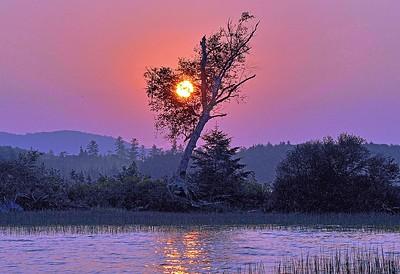 SUNRISE ON RAQUETTE LAKE
