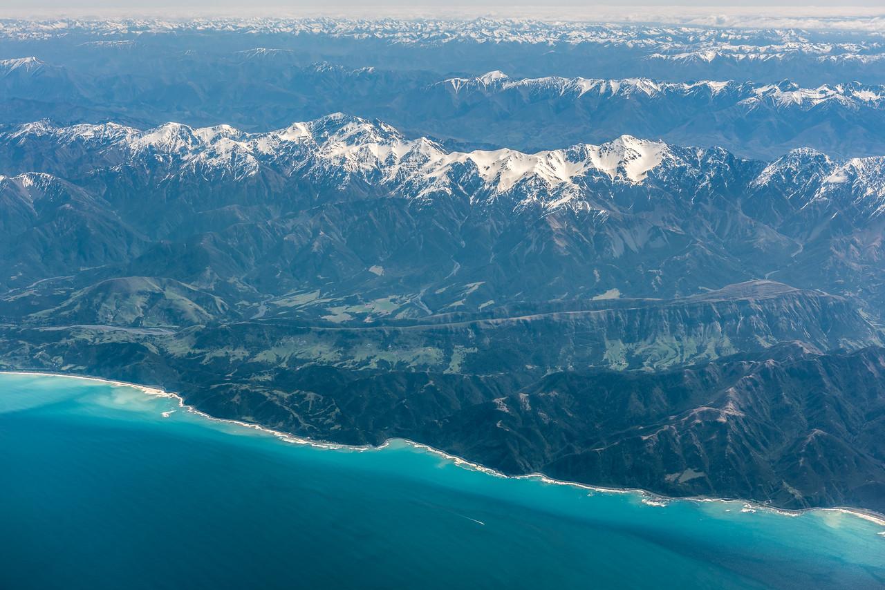 Seaward Kaikoura Range. Manakau and Te ao Whekere are the two most prominent peaks. Air New Zealand flight Wellington to Dunedin.