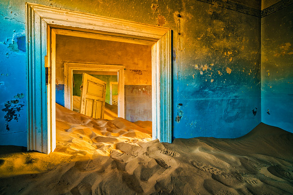 Echos of the past in Kolmanskop