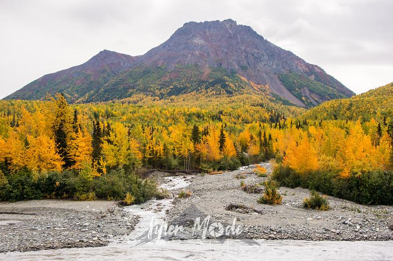 565  G Mantanuska River Fall