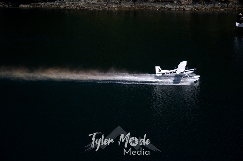 1073  G Floatplane