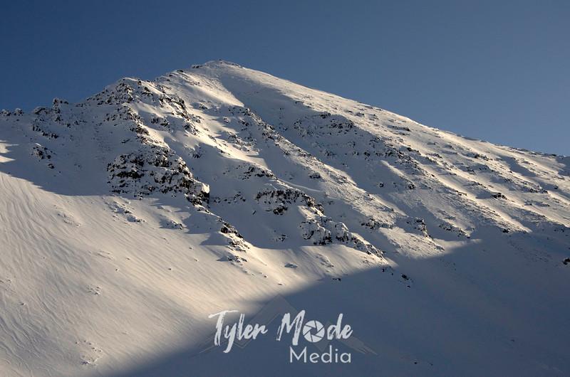 1032  G Mountains at Atigun